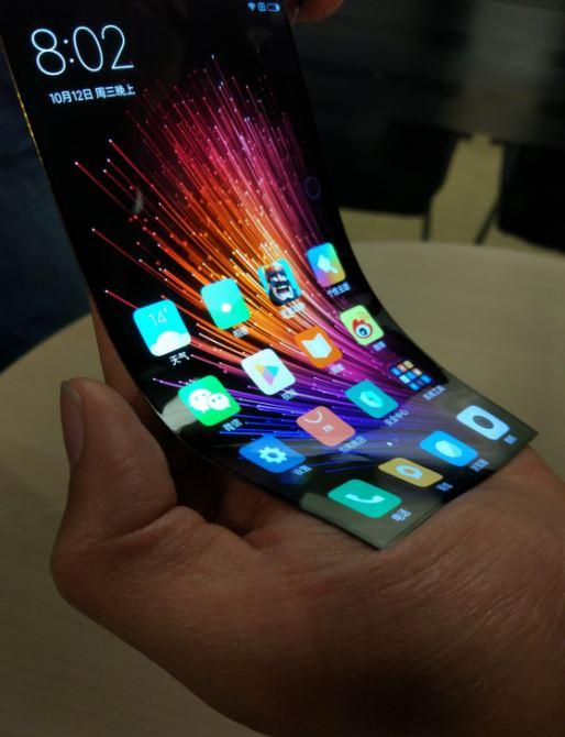 Smartphone uốn dẻo, siêu mỏng của Xiaomi bỗng dưng xuất hiện