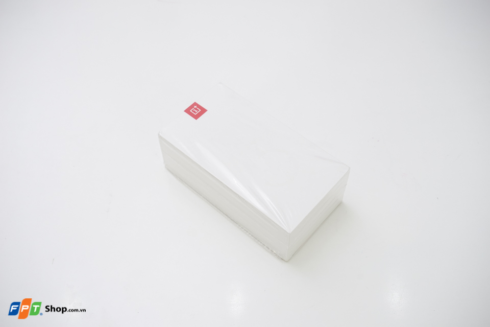 OnePlus 3 có vỏ ngoài đơn giản