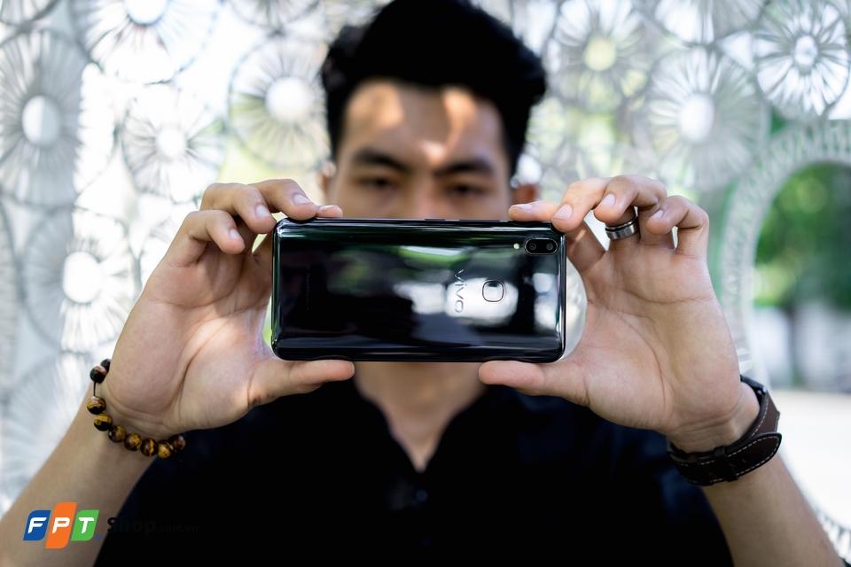 Tất tần tật thông tin cần biết về Vivo V9 – Chiếc smartphone