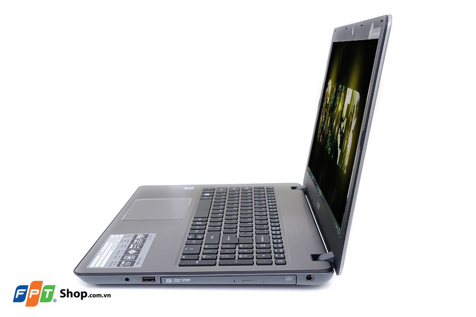 Cạnh phải Acer F5