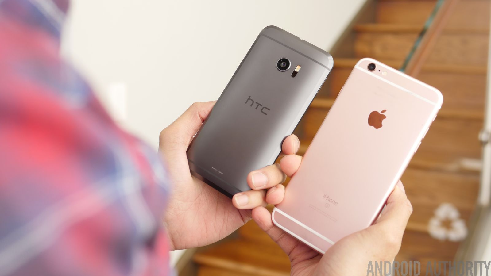 HTC 10 vs iPhone 6
