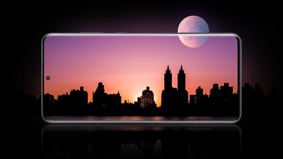 Samsung Galaxy S20 Uitra Màn hình 120Hz, mượt mà trong từng cử chỉ