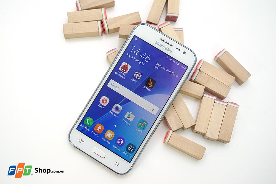 Đánh giá Samsung Galaxy J2