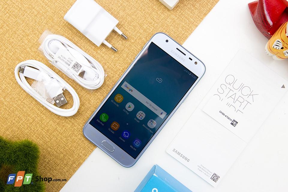 """Đánh giá thời lượng pin Samsung Galaxy J3 Pro: """"Chất"""" từng phần trăm"""