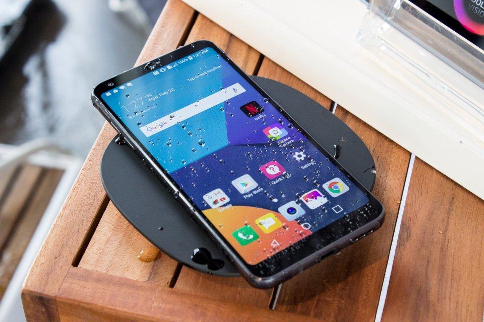 Những smartphone cao cấp ra mắt đầu năm 2017