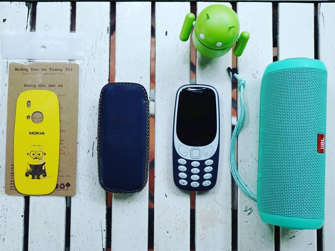"""Nokia 3310 tại FPT Shop: Hàng vừa lên kệ, hết ngay trong """"chớp mắt"""""""