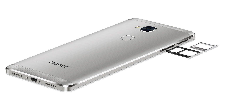 Huawei Honor 5X không có nhiều khác biệt so với người tiền nhiệm