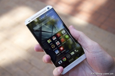 Smartphone HTC One M7