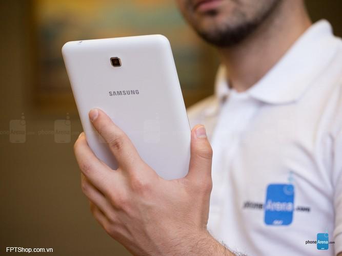 camera của Samsung Galaxy Tab 4 7.0 chỉ có độ phân giải 3MP