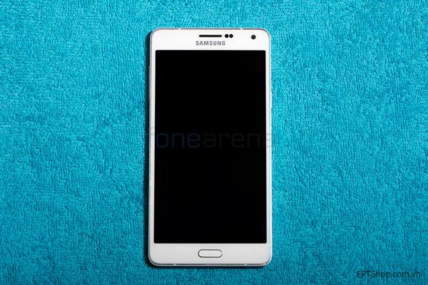 Thiết kế sang trọng và bắt mắt từ Samsung Galaxy A8