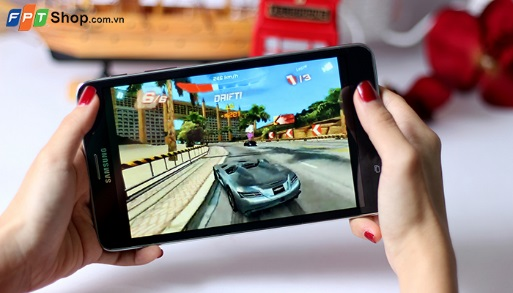 Samsung Galaxy Tab 4 7.0 được trang bị bộ vi xử lý lõi tứ Marvell PXA1088