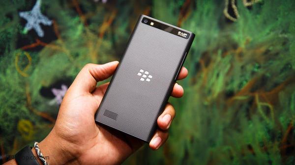 cấu hình BlackBerry Leap