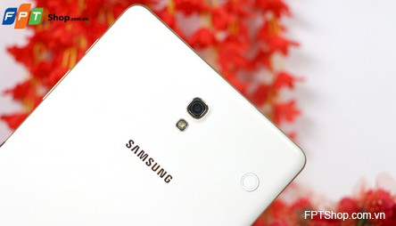 Camera 8MP/2MP với Samsung Galaxy Tab S 8.4