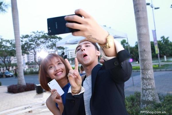 Cách xem MV Âm thầm bên em Sơn Tùng MTP trên smartphone