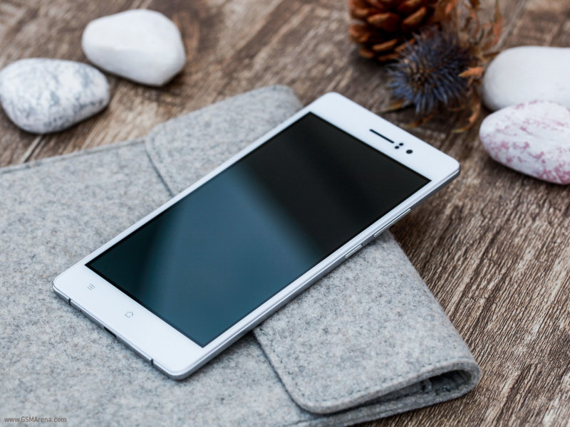 thiết kế của Oppo R5