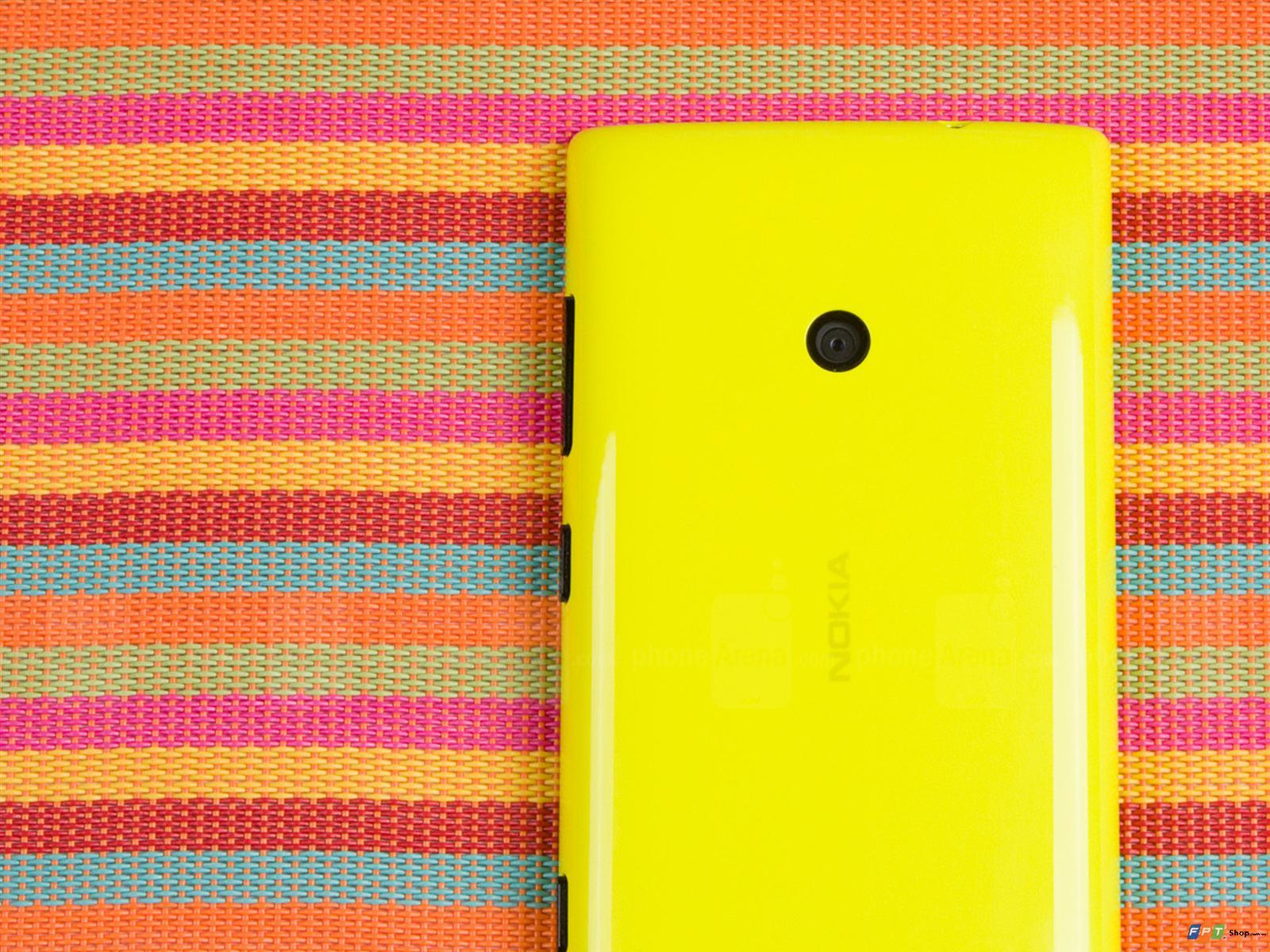 kết nối của Nokia Lumia 525