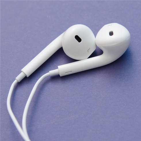tai-nghe-earpods-with-remote-and-mic-md827zma