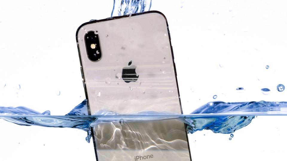 Số liệu cho thấy iPhone đang chống nước ngày càng tốt hơn 1