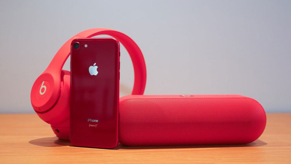 Trên tay iPhone 8 RED và iPhone 8 Plus RED
