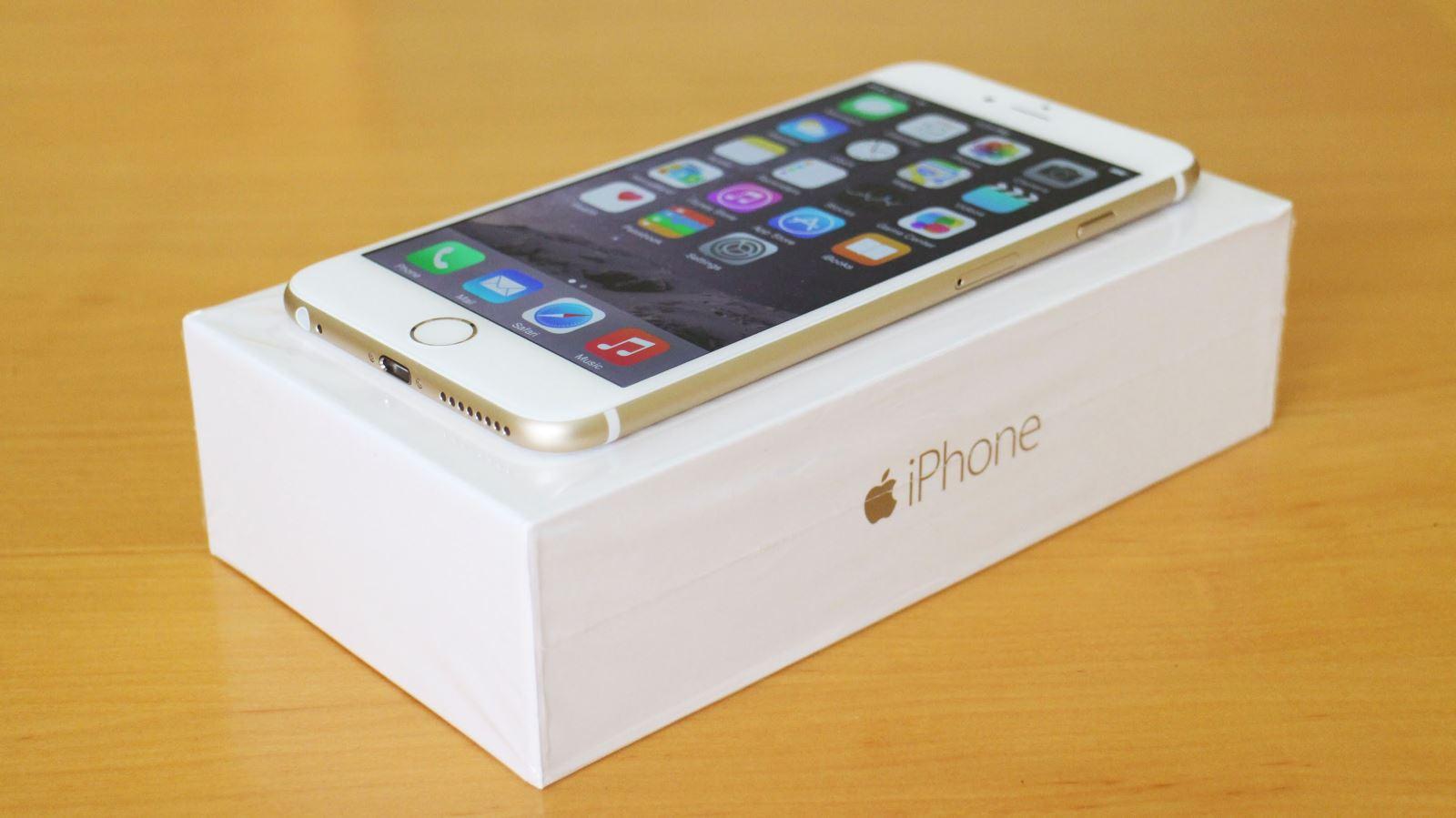 5 smartphone được mua nhiều nhất tại FPT Shop tuần 3 tháng 4 2
