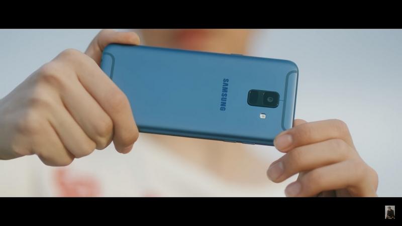 Galaxy A6 phiên bản màu xanh xuất hiện trong MV