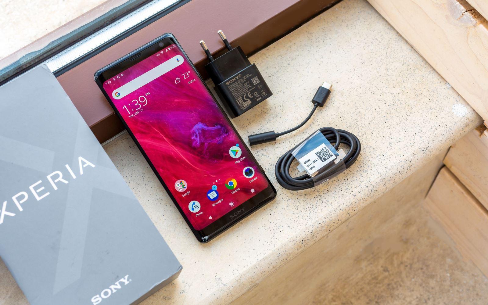 Mở hộp và đánh giá thiết kế Sony Xperia XZ3: có phải Sony đã