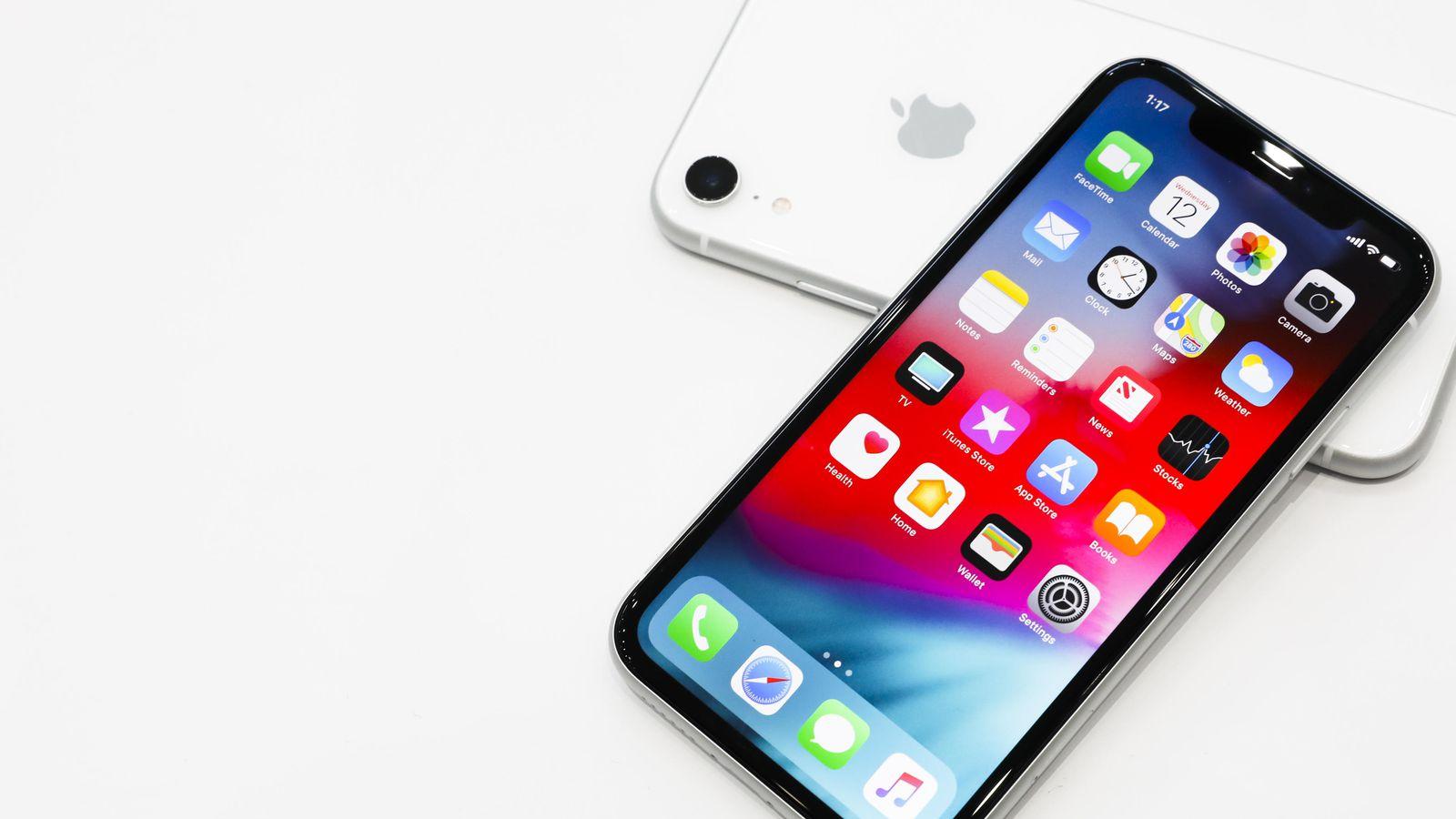 Tại sao iPhone XR còn đáng mua hơn cả iPhone X? 1