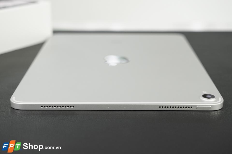 Trên tay iPad Pro 11 05