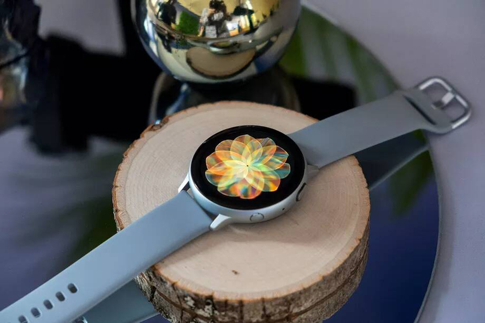 Galaxy Watch Active 2 hỗ trợ ECG